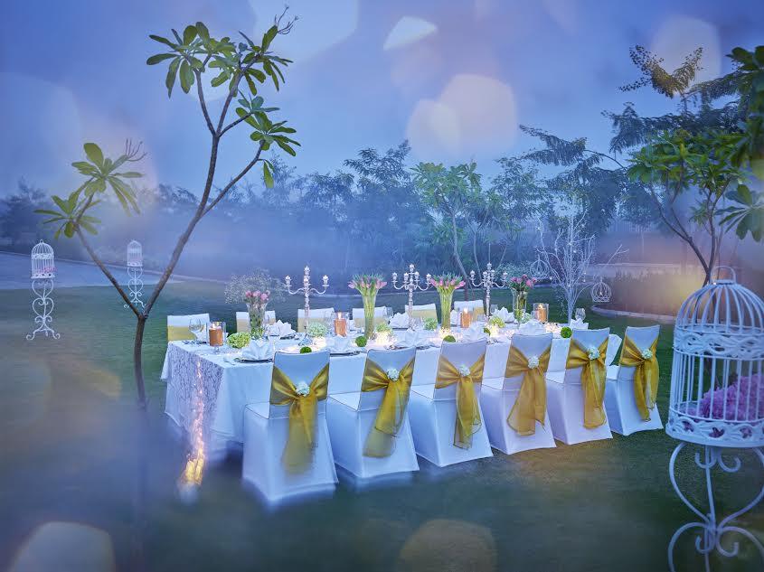Exquisite wedding decor_ Vivanta by Taj, Dwarka_ WeddingAffair