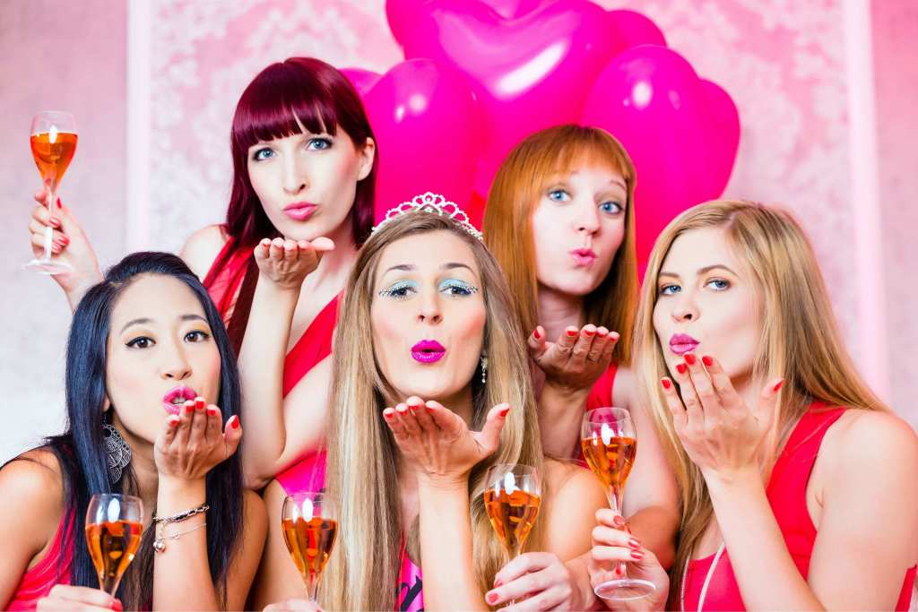 top five destinations in india for a bachelorette party. Black Bedroom Furniture Sets. Home Design Ideas