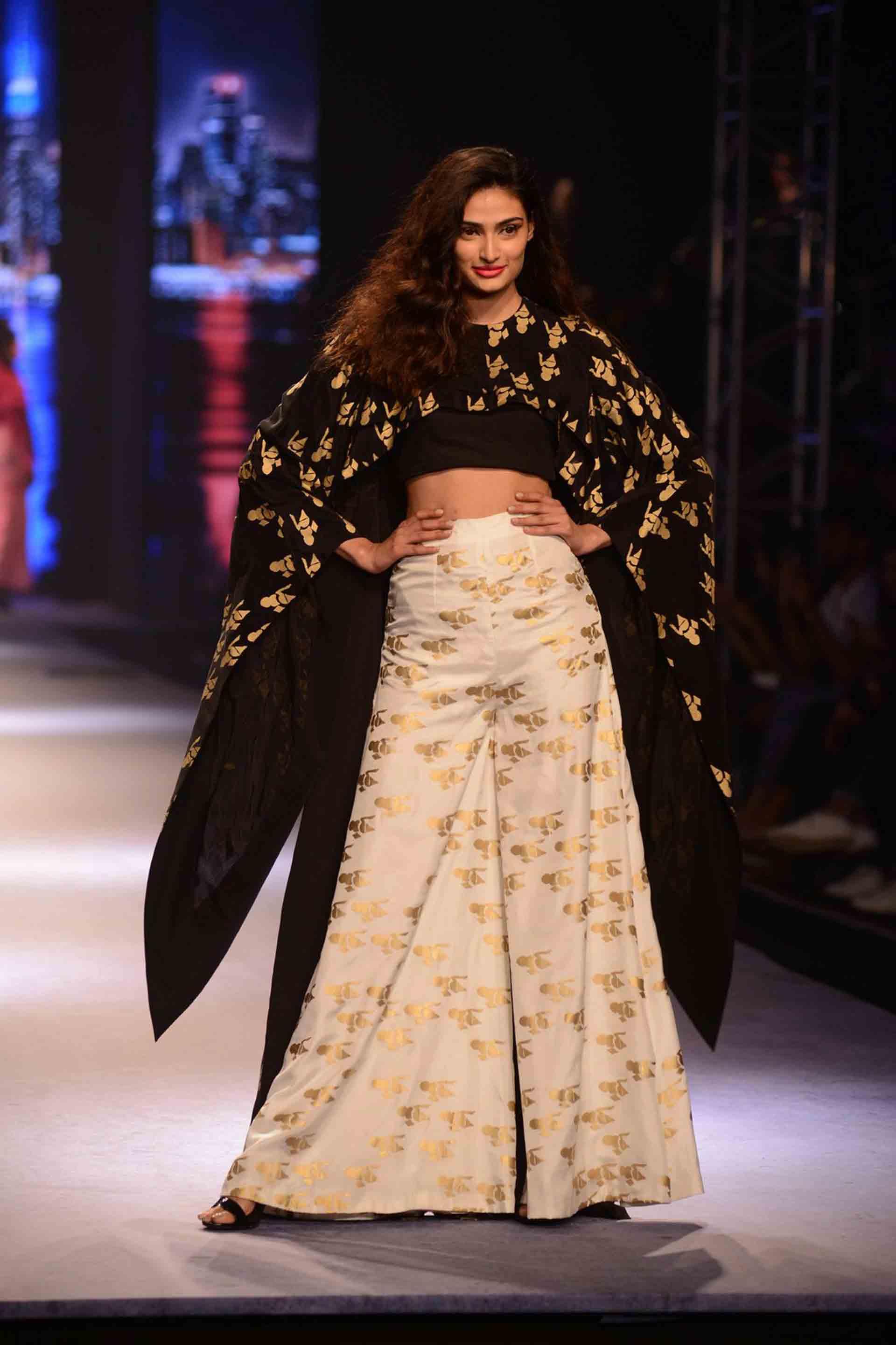 Amazon India Fashion Week 2018 Show Schedule Wedding Affair