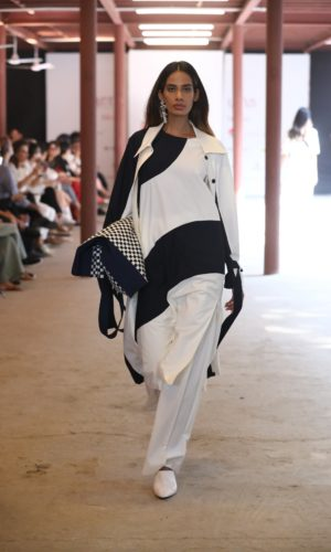 Collection by LOVEBIRDS showcased at FDCI LMIFW SS'20 (8)