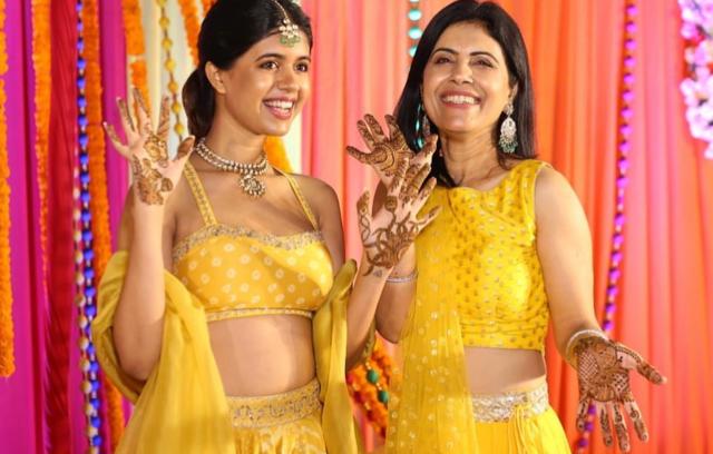 Fashion Blogger- Sejal Kumar